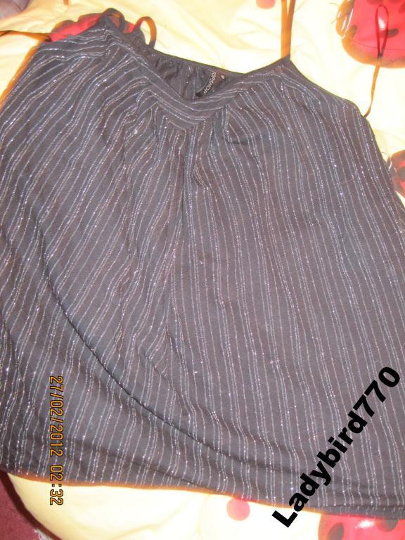 Майка футболка топ новая 44 38 10 черная TOP SHOP