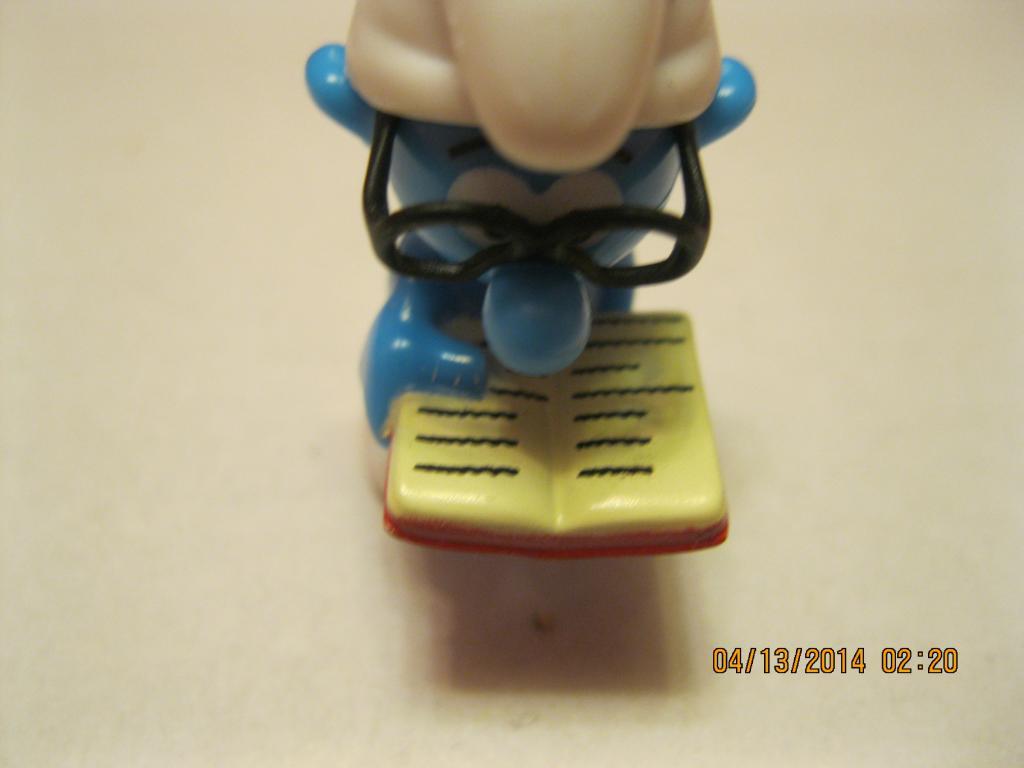 Хеппи мил фигурка статуэтка игрушка Смурфик гном гномик макдональдс британия
