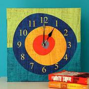 Годинник на полотні