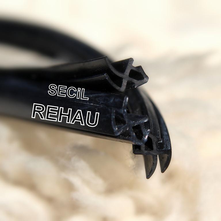Замена резинового уплотнителя Rehau на пластиковых окнах