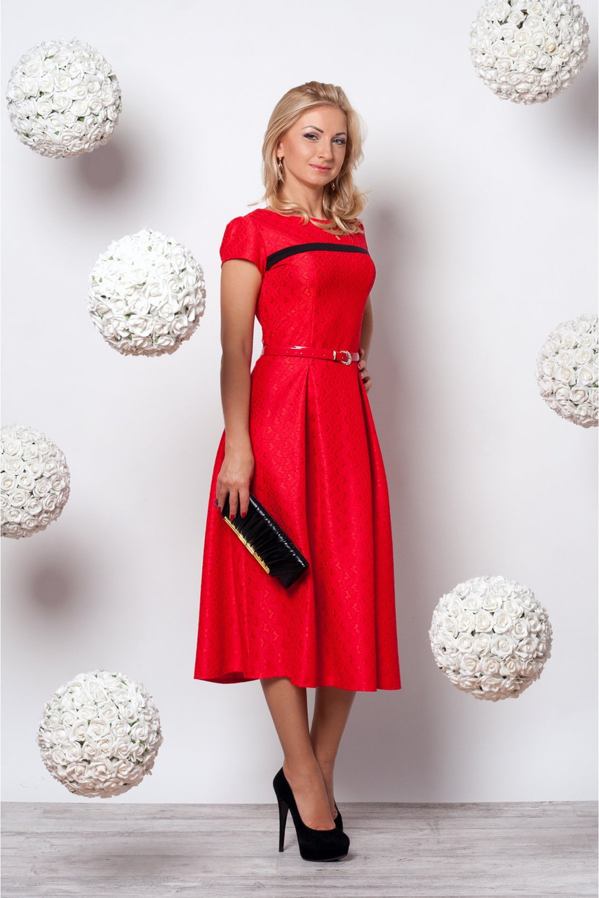 Платье красное жаккард