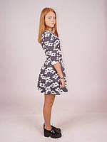 Платье в складку с рукав 3/4 метал молния по спине,  цветы на черном