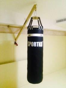 Мешок боксерский Sportko ременная кожа (3,5мм-4мм) Высота 110 см. Диаметр 35 см. Вес 65 кг.