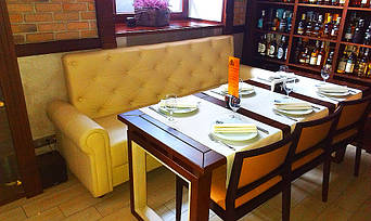 """Кожаные диваны для ресторана """"Whisky corner"""" улица Софиевська, 16/16 12"""
