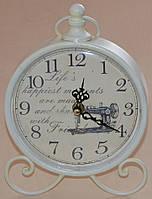 Настольные часы металлические