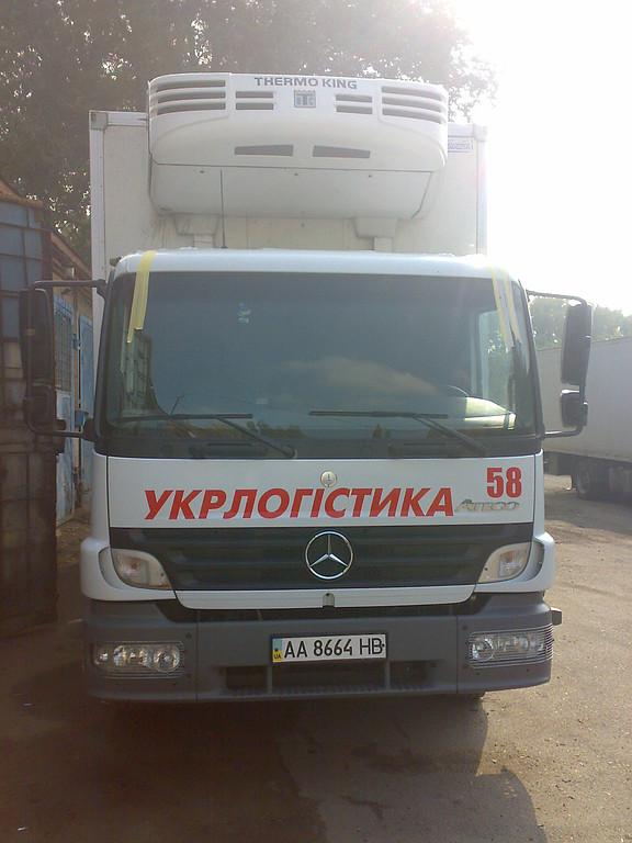 Замена лобового стекла  Mercedes Atego, Axor