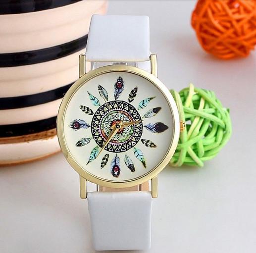 Белые женские часы ловец снов