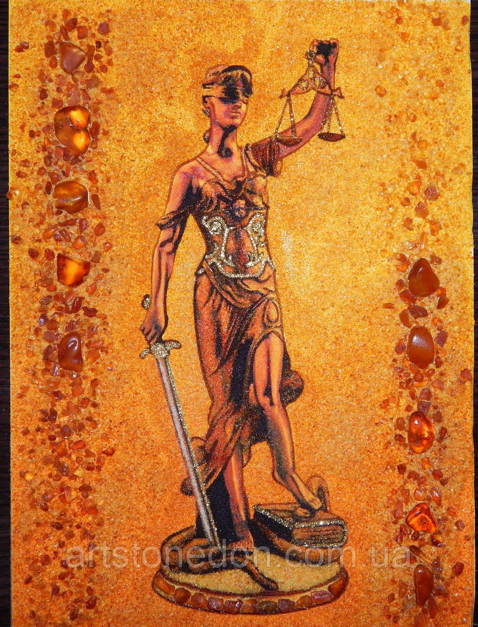 Панно из янтаря Фемида - богиня правосудия