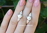 Срібні сережки з перлами Вишукані