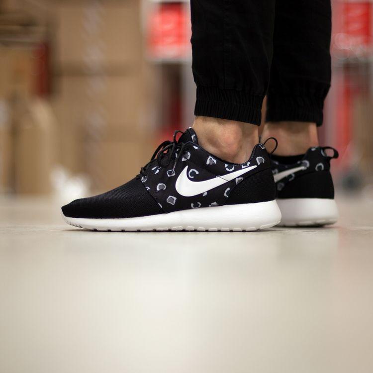 Кросівки жіночі Nike Roshe Run Print / RRW-245 (Репліка)