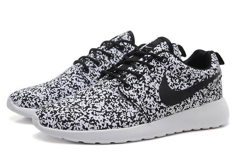 Кроссовки женские Nike Roshe Run Print / RRW-255 (Реплика)