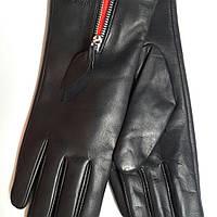 Женские кожаные перчатки Prada на змейке