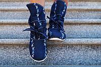 Женские синие джинсовые ботиночки с вышивкой на белой подошве размер.37. Арт-0066