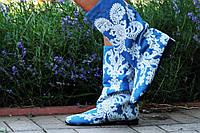 Женские стильные джинсовые голубые сапожки с узором. Арт-0591