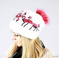 Вязаная шапка с оригинальным рисунком