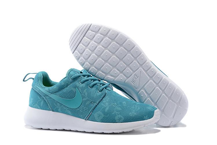 Кроссовки женские Nike Roshe Run Silk / RRW-257 (Реплика)