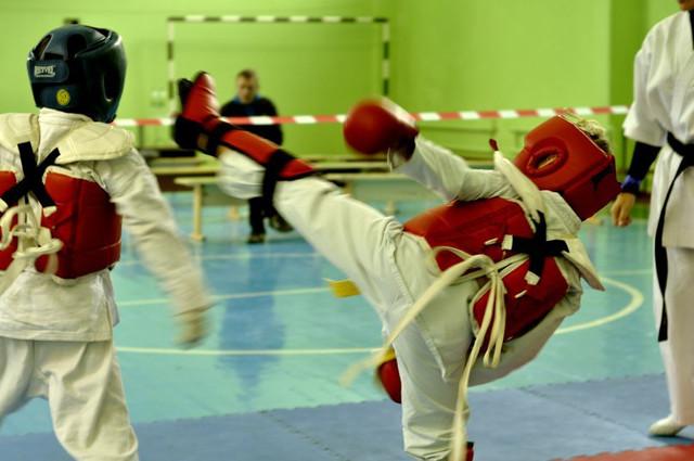 """Школа каратэ для детей в Днепропетровске """"Сакура"""""""