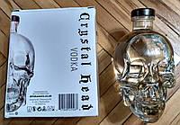 Водка череп Crystal Head в подарочной коробке 0,7л
