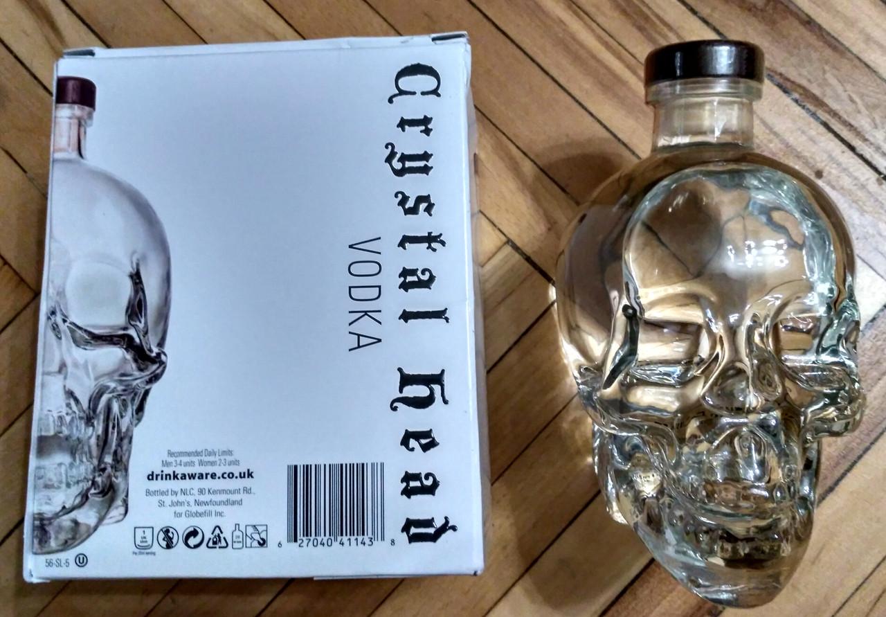 Водка череп Crystal Head в подарочной коробке 0,7л, фото 1