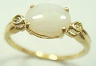 Золотое кольцо с опалом и бриллиантами