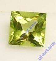 Перидот Хризолит, квадрат 5 х 5 мм, природный, проверен геммологом