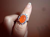 Изумительное  серебряное кольцо с сердоликом и танзанитами
