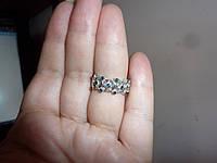 Обручальное серебряное  кольцо с натуральными сапфирами