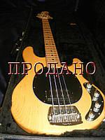 Бас-гитара Music Man Stingray ash natural Flea bridge
