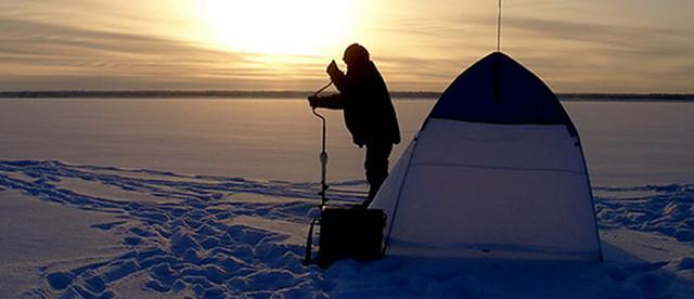 Подледный лов и зимняя палатка для него