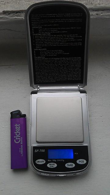 Мини-весы высокоточные POCKET SCALE SF-700 (0,01)
