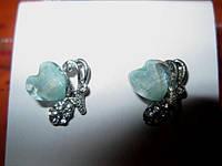 Новые серьги сережки с камнями  гвоздики сердечки