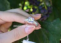 Очаровательное серебряное колечко с квадратным камнем, фото 1
