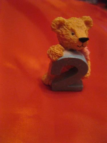 Игрушка сувенир мишка медведь 2 годика цифра два фигурка