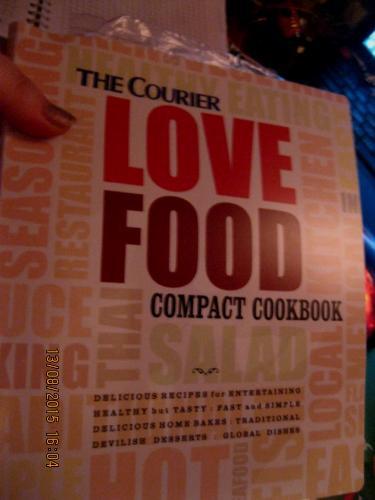Книга НА АНГЛИЙСКОМ ЯЗЫКЕ LOVE FOOD пища рецепты