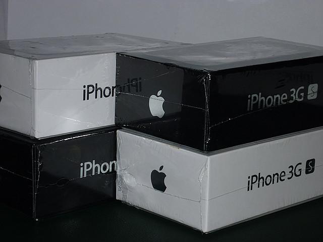 Original Apple iPhone 3GS 16Gb Neverlock