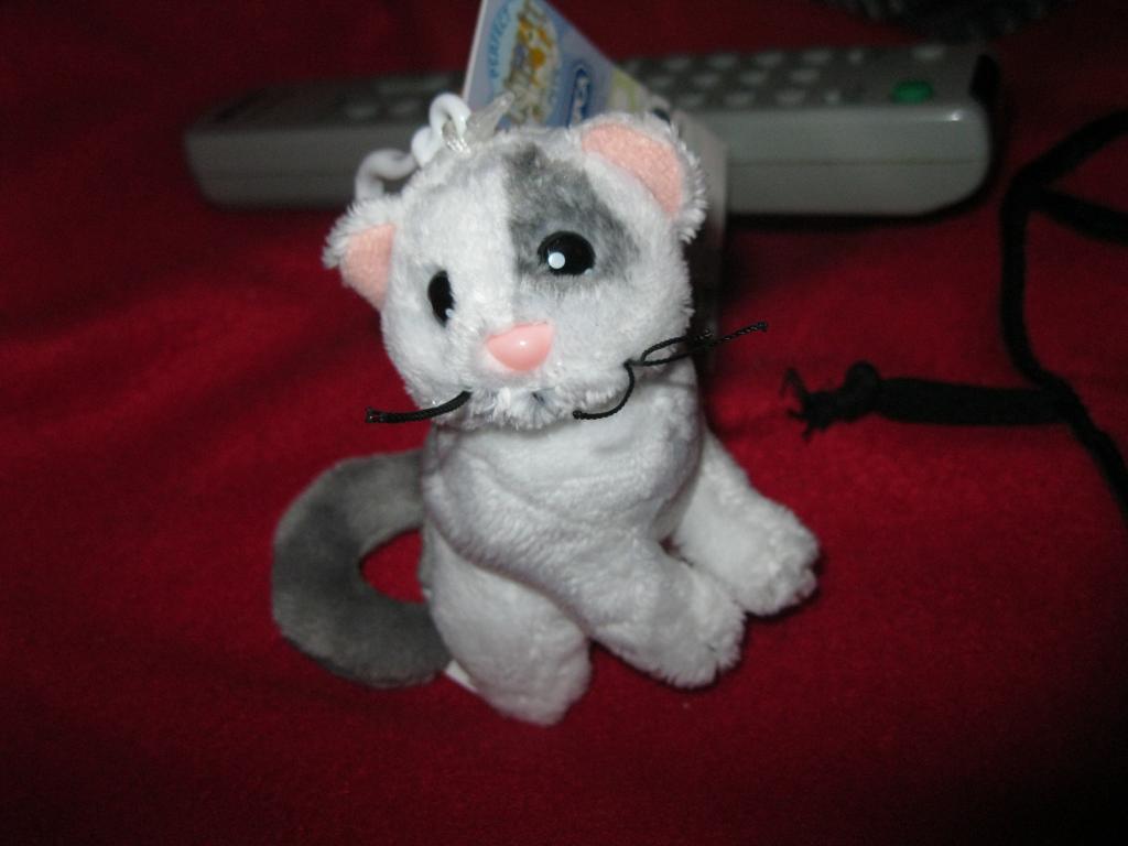 Брелок на ключі кіт кішка сток фірмовий