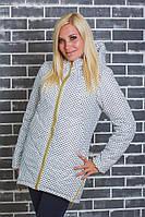 Женское  демисезонное пальто белый горох