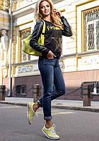 Модный Свитшот с Рукавами из Экокожи и Желтой Звездой M-2XL