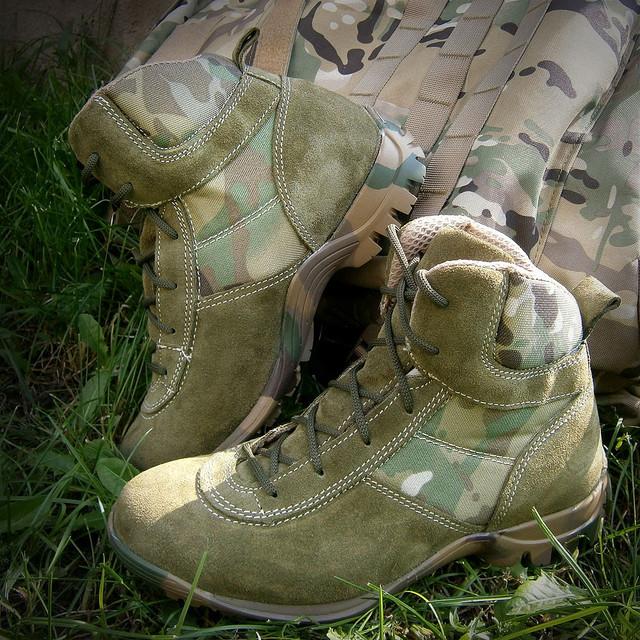 Тактическая обувь (берцы)