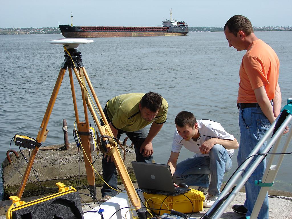 Настройка радиомодема Trimble HPB 450 для работы в режиме RTK в г. Николаеве 2011 г.