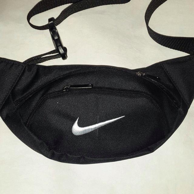 Поясная сумка бананка Nike, Найк черная Черный ( код: IBS067B )