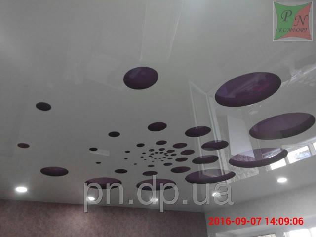 Резной натяжной потолок 7