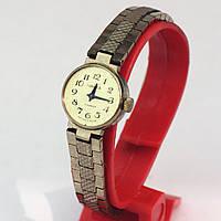 Российские часы Чайка