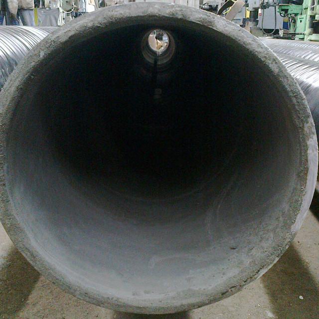 Труба Дн 219мм. изолированная экструдированныс п/э (снаружи) и цементно-песчаным покрытием (внутри) ВУС(весьма усиленый тип)