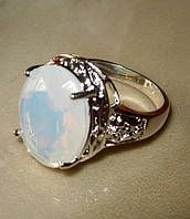 Кольцо с лунным камнем р.18,4