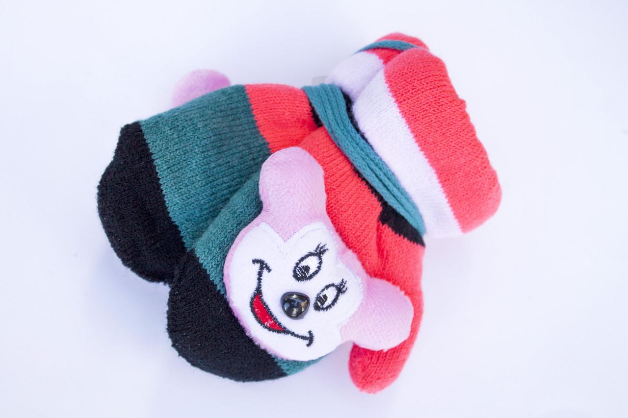 Детские варежки с мягкой игрушкой
