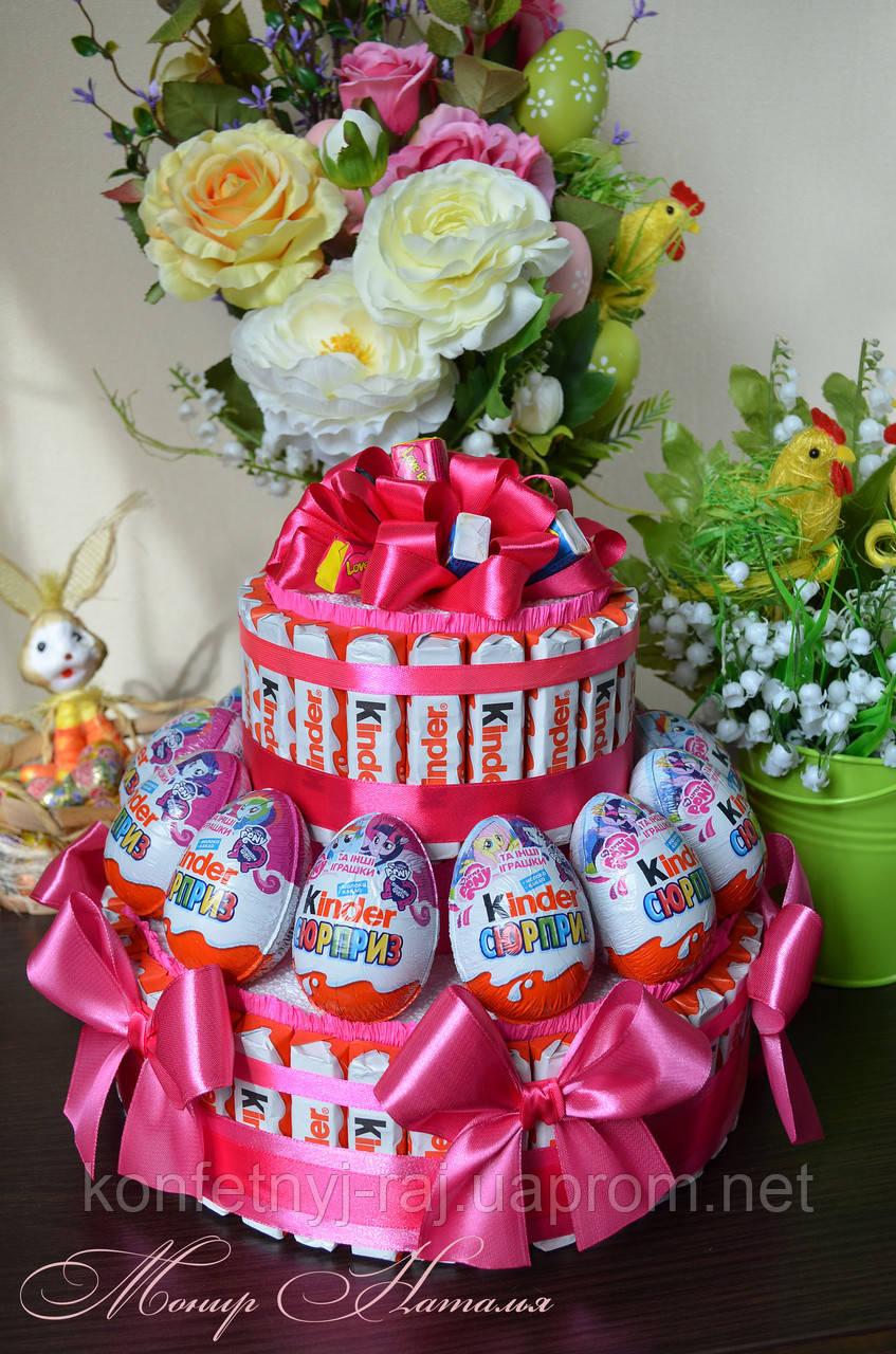 Торт из Киндер шоколадок и яиц для девочки принцессы - фото 1