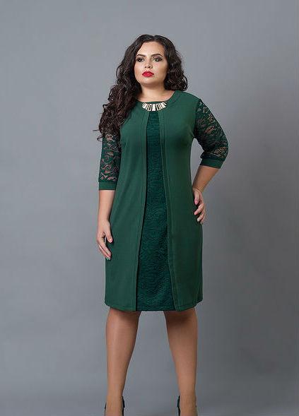 Стильное женское платье большого размера
