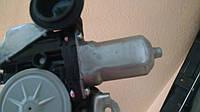 Мотор стеклоподъёмника двери Toyota Land Cruiser 200, фото 1