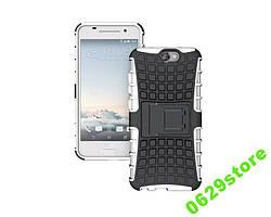 Чехол HTC ONE A9 противоударный бампер белый